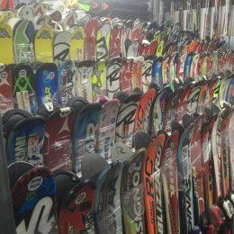 noleggio sci snowboard ciaspole torino